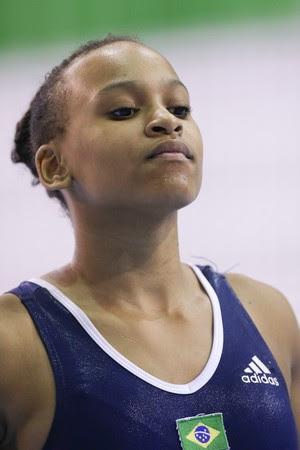 Rebeca Andrade está fora do Pan-Americano e do Mundial