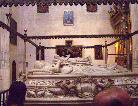 File:Capilla real tombs.jpg
