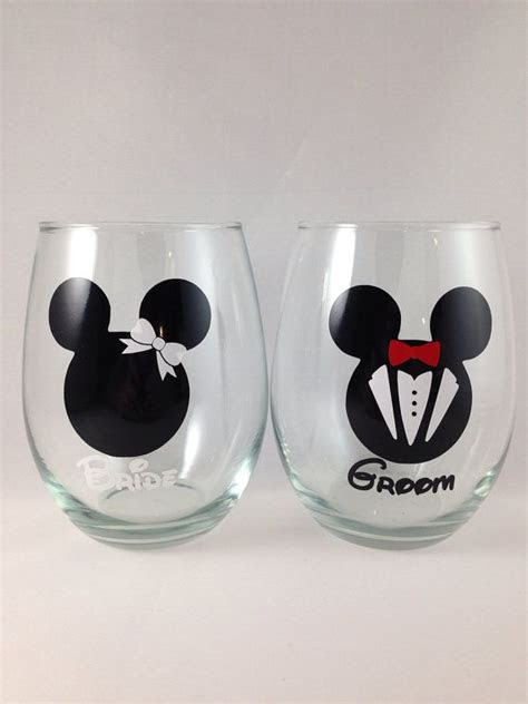 mickey  minnie stemless wine glass personalized disney