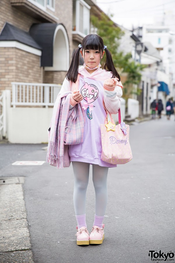 twin tails w pastel milklim  swimmer fashion in harajuku