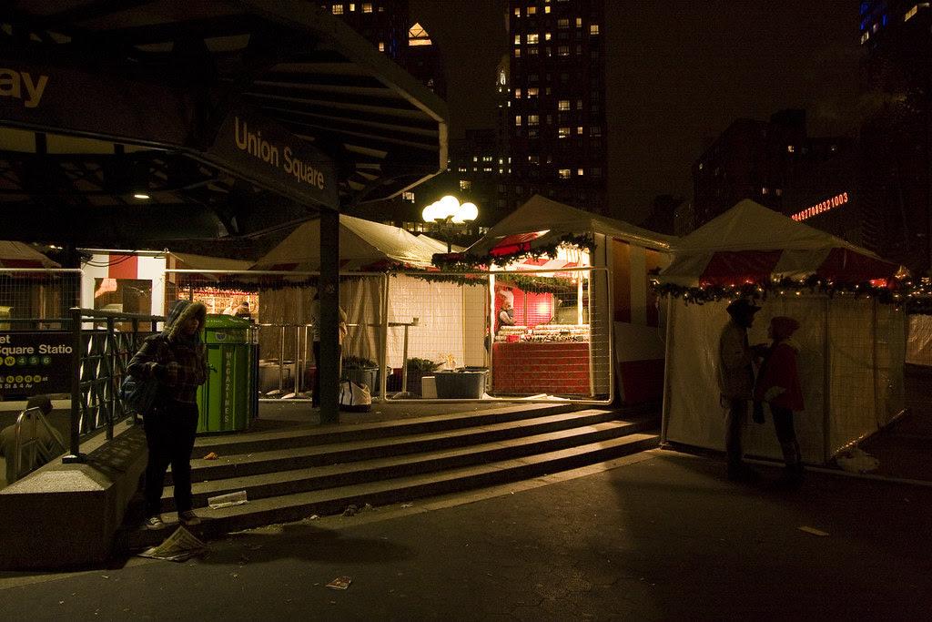 Union Square Holiday Fair - set up