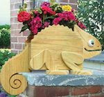 Flower Pot Chameleon Woodworking Plan - fee plans from WoodworkersWorkshop® Online Store - flower pots,animals,full sized patterns,woodworking plans,woodworkers projects,blueprints,drawings,blueprints,how-to-build,MeiselWoodHobby