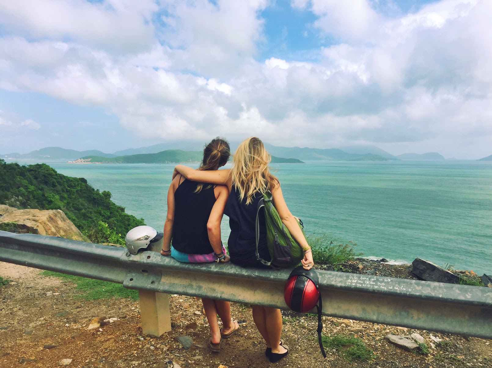 13 Things That Inevitably Happen When You Travel With Your ...