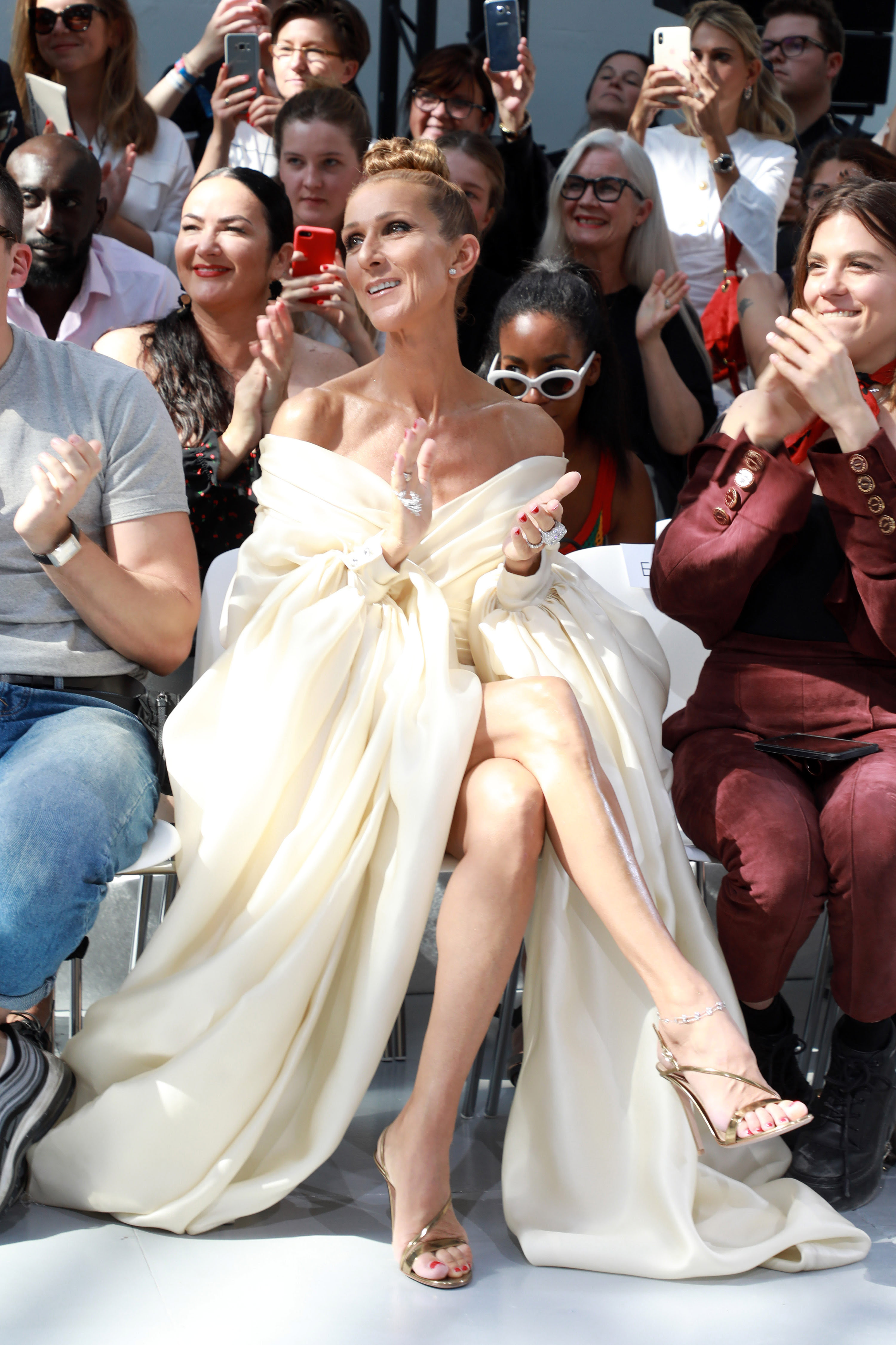 How Celine Dion Became The Queen Of Couture Week Cnn Style