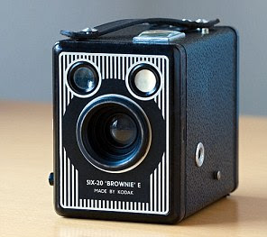 A 'brownie' camera from around the 1940s