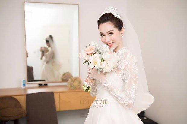 1 trong 3 mẫu váy cưới của Thu Thảo được lấy cảm hứng từ mẫu váy của công nương Grace Kelly - Ảnh 5.