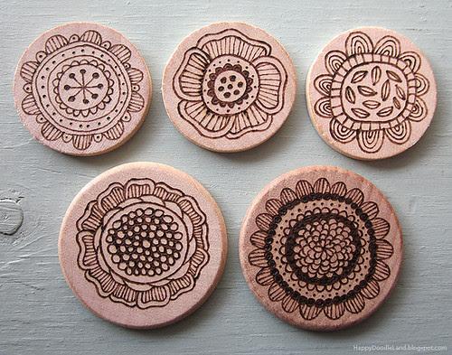 Wood Burnt Doodles: Flower Discs