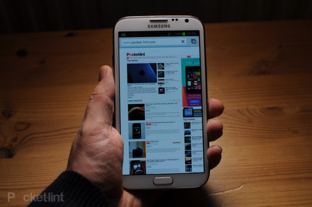 O Galaxy S4 terá design semelhante ao do tablet Note 8 (Foto: Reprodução/PocketInt)