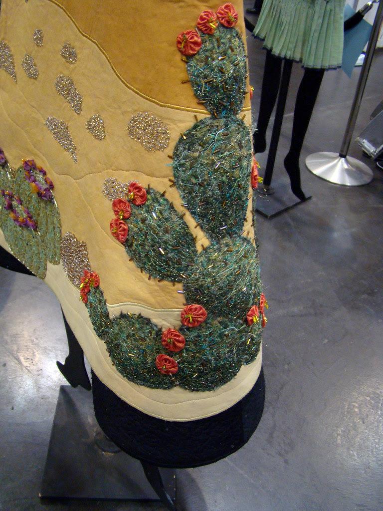 DSC02766 Wearable Art 5014 Passing through the Painted Desert by Judy Mullen
