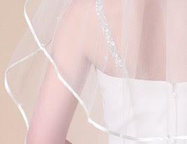 two-tier cotovelo véus de casamento com fita de borda