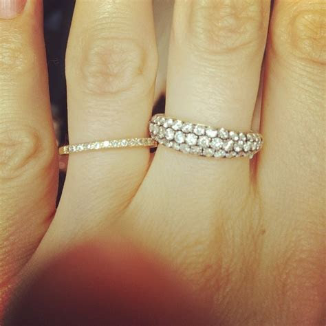 I want a middle finger diamond band ring. Something simple