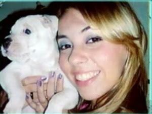 Jovem de 24 anos estava em posto de gasolina quando foi abordada pela amante do pai (Foto: TV Verdes Mares/ Reprodução)