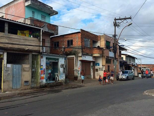 Lan House onde jovem foi morto no bairro de Águas Claras, em Salvador (Foto: Jony Torres/TV Bahia)