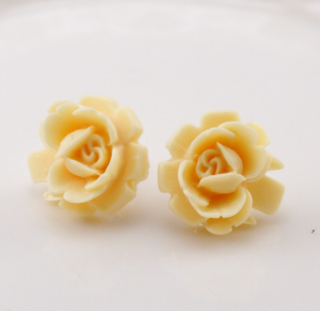 Free Shipping - Vintage Style Miniature Ivory Rose Post Stud Earrings