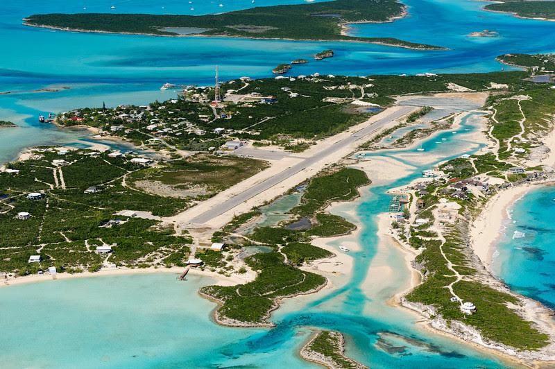 Staniel Cay airport, Exumas, Bahamas