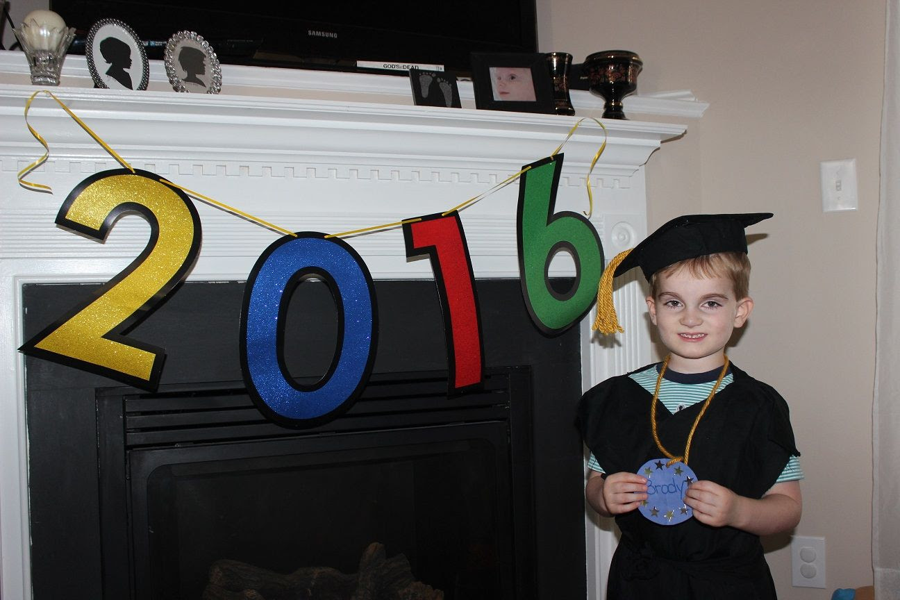 photo graduate1_zpswwjl2jfs.jpg