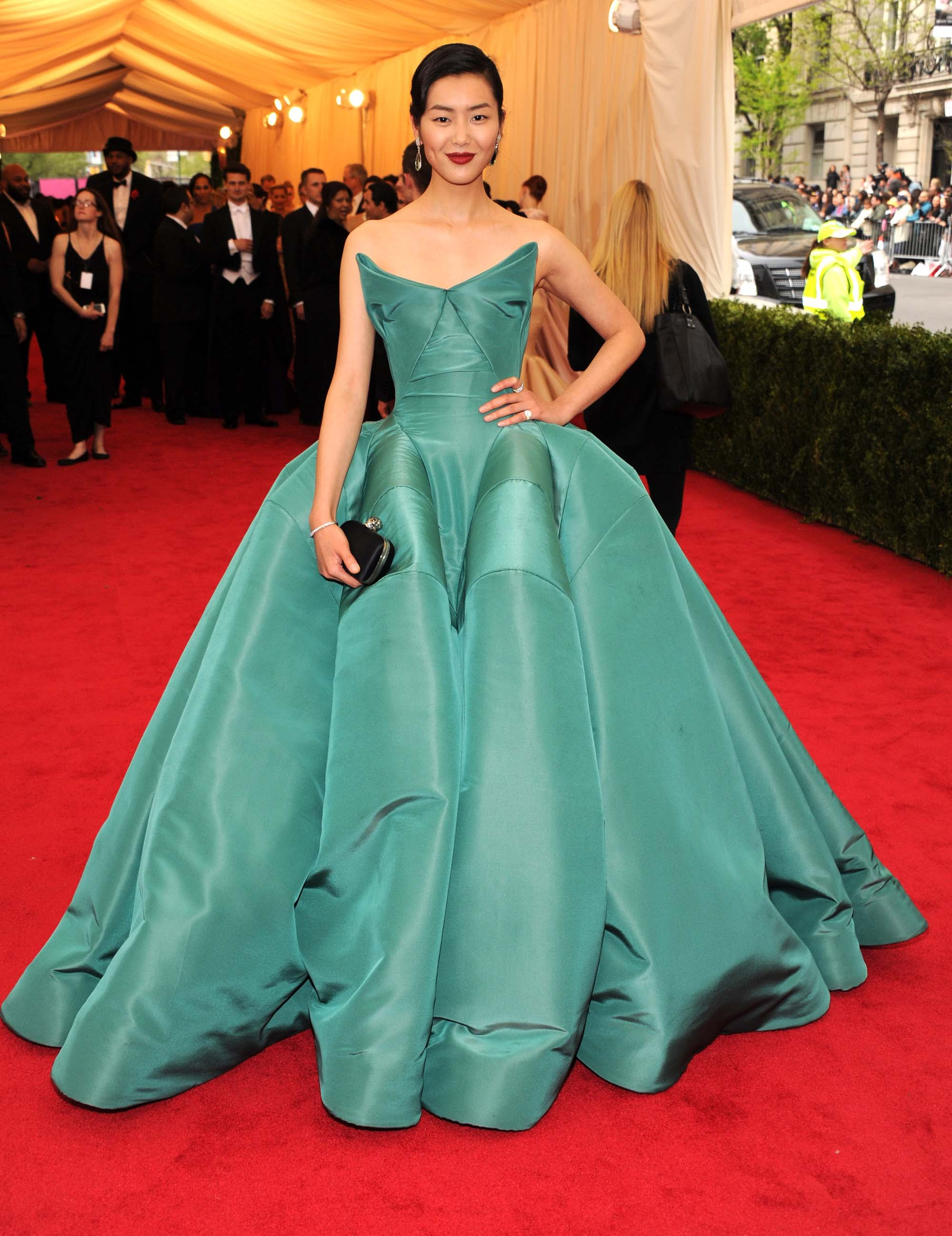 the 10 best model met gala dresses kate moss iman and