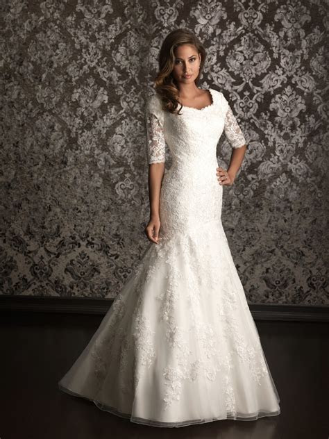 Top 10 2013 Wedding Dress style   Sleeves 3   Wedding