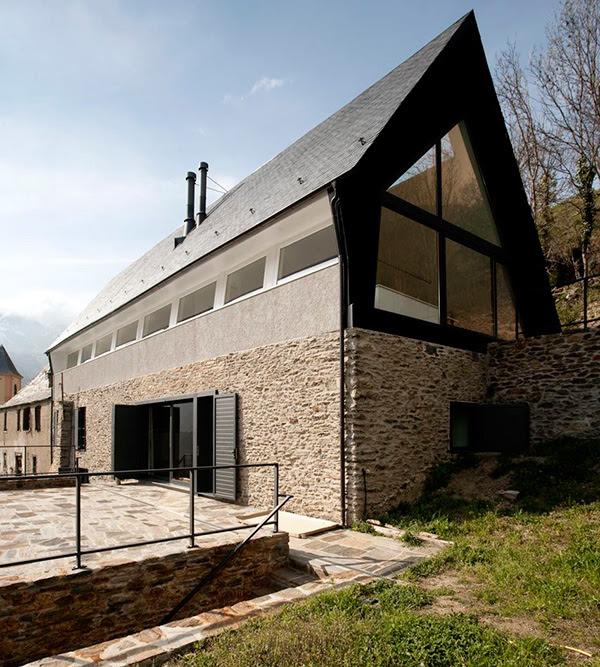 extraordinary-house-design-with-extraordinary-views-of-pyrenees-7.jpg