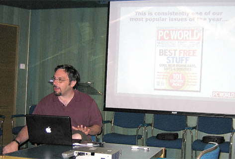 Harry McCracken tells the Geek Cruise audience about Free Stuff available on PC World