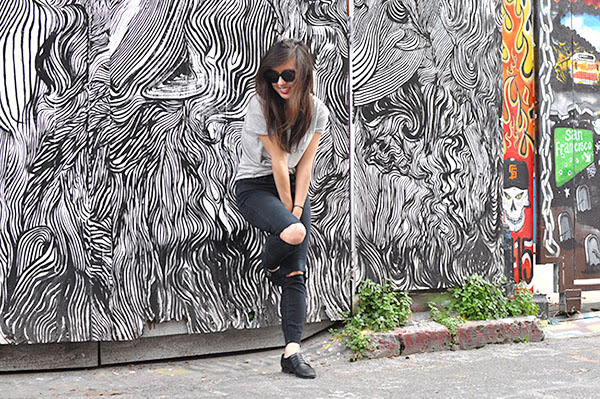 simplicity, black and white, street art, san francisco, fashion, fashion blogger