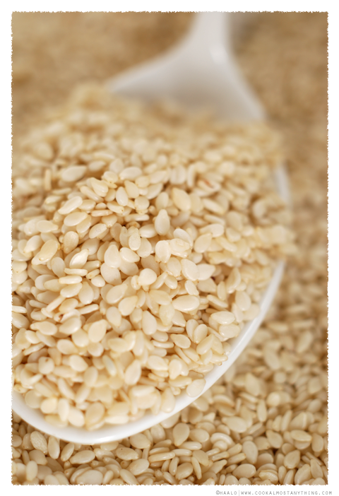 sesame seeds© by Haalo