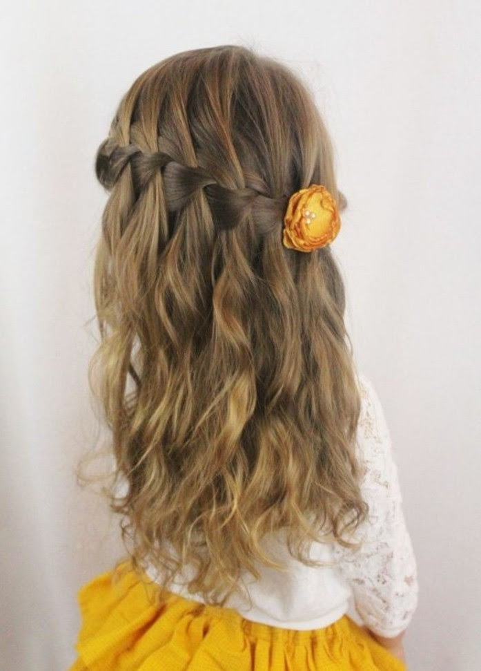 Coiffure Mariage Petite Fille Cheveux Long Maquillage Mariage