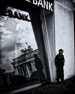 Devemos acabar com a impunidade dos bancos