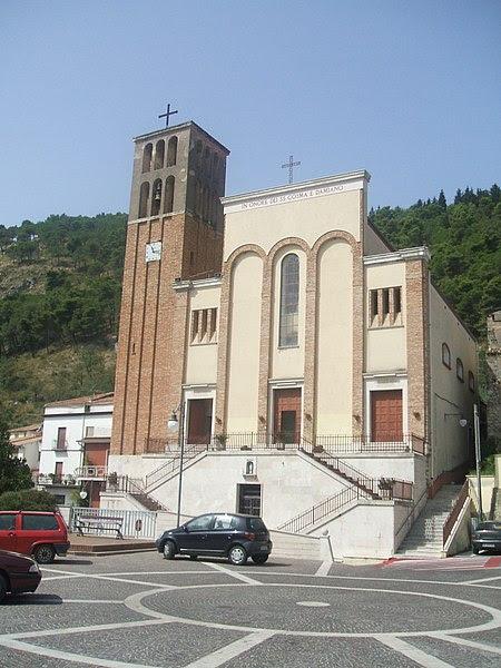 File:Ss Cosma e Damiano main church.JPG