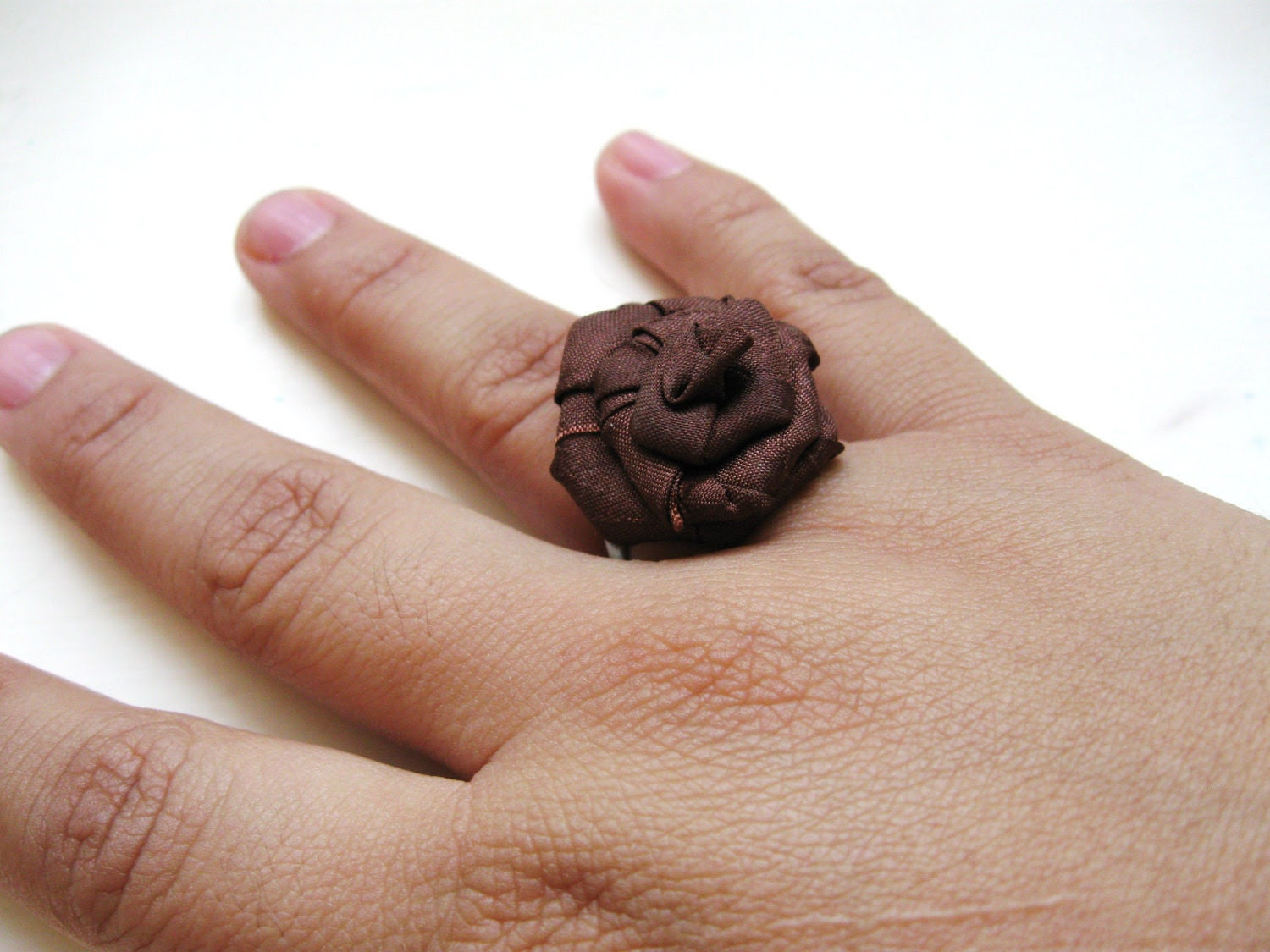 Chocolate rosette adjustable ring