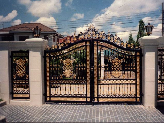 12 Modern Gate Design For Elegant Addition In Your Home