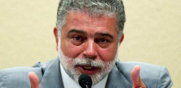 O ex-ministro Anderson Adauto, condenado por improbidade administrativa