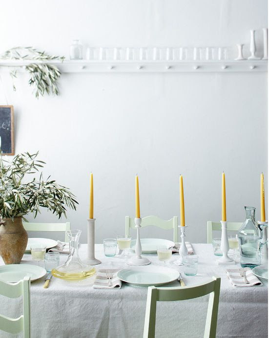 simple celadon and golden yellow decor for the table #entertaining #tabletop