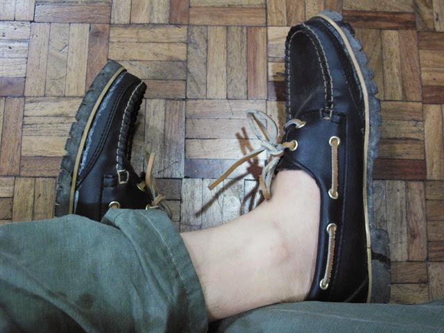 Filler deck shoes