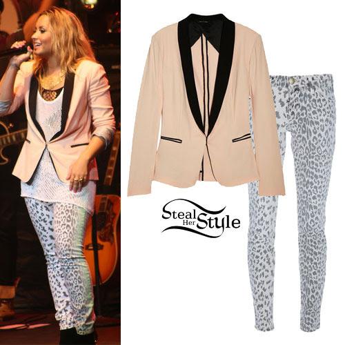 Demi Lovato: Tuxedo Blazer & Leopard Jeans