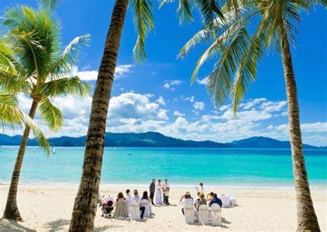 Whitsundays Weddings: Hamilton Island Weddings   Polka Dot