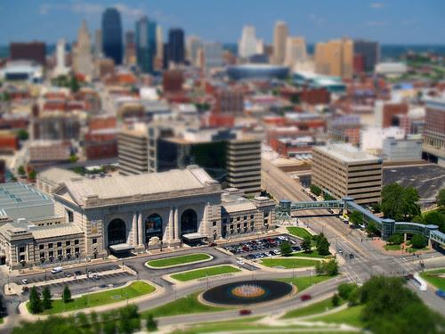 Kansas City tilt-a-whirl