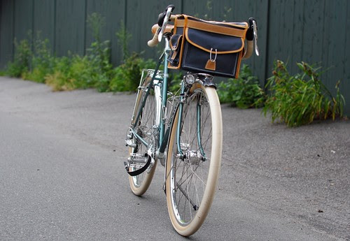 Berthoud Handlebar Bag, Model 25