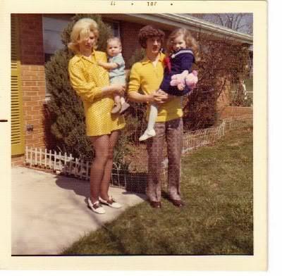 (found photo) family