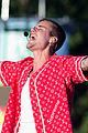 justin bieber brings stadium tour to london hyde park 04