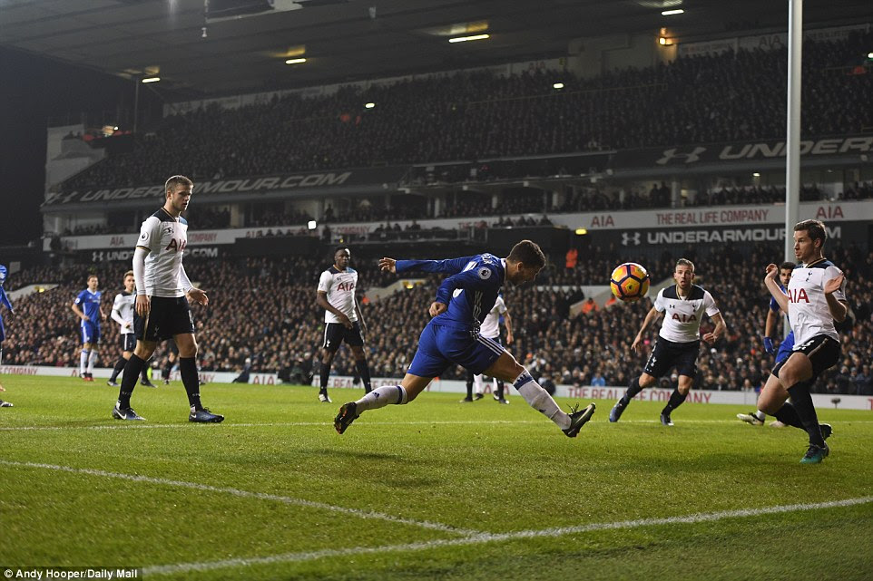 Chelsea started the second half superbly and they almost grabbed an equaliser but Hazard's headed effort was weak
