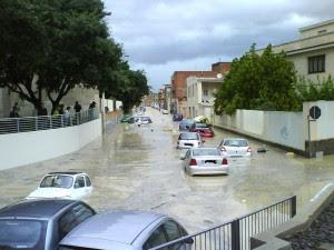 """Dopo cinque mesi l'arrivo del nuovo Ministro dello Sviluppo; le inondazioni in Liguria: per i Tg """"due eventi naturali"""""""