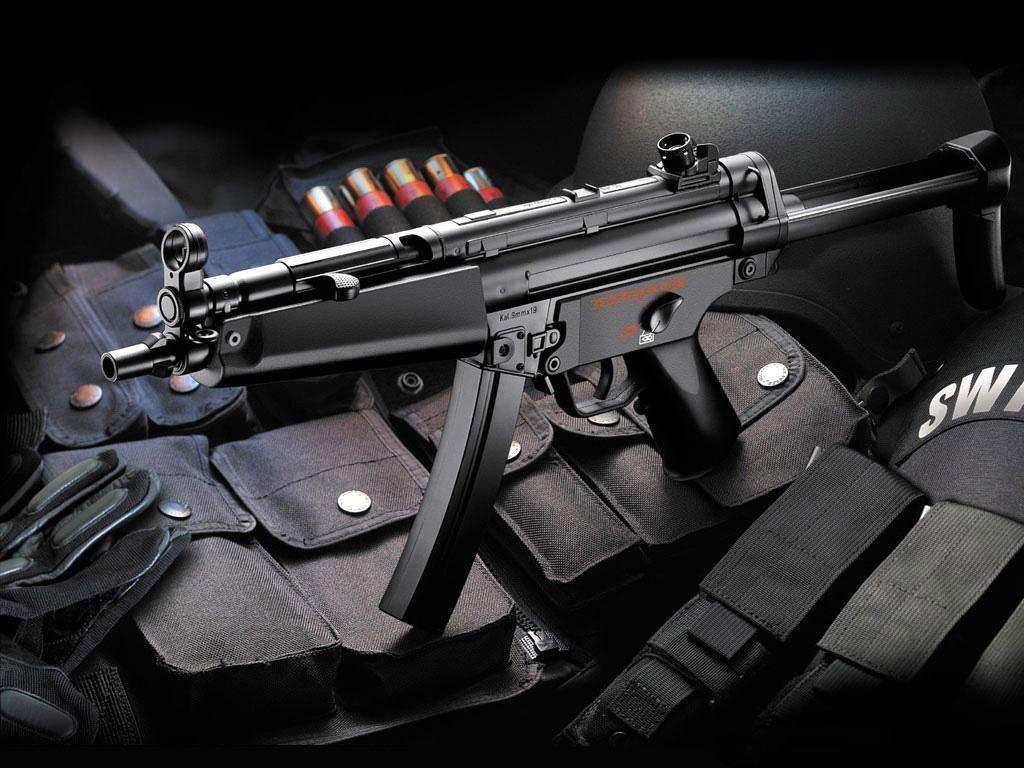 銃 About Me Hunk 壁紙 13013661 ファンポップ