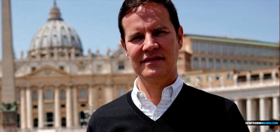 pope-francis-tells-catholic-priest-rape-victim-Juan-Carlos-Cruz-gay-OK-vatican-lgbtq