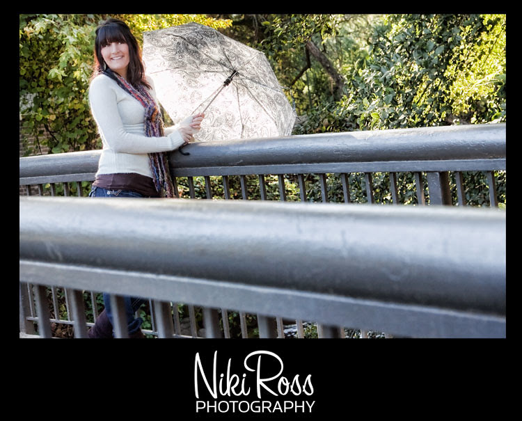 model-umbrella-bridge