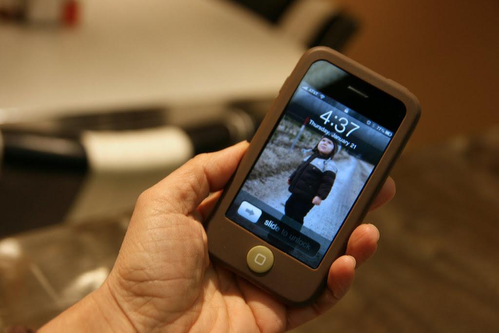 oliver on iPhone az