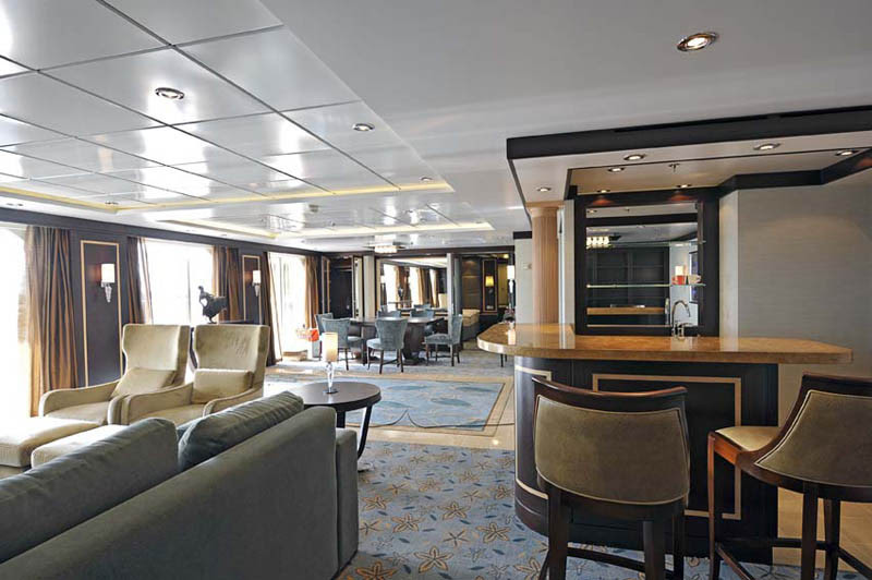 AD-Worlds-Biggest-Cruise-Ship-Allure-Of-The-Seas-Royal-Carribean-07