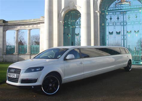 wedding car hire leeds   Limo Hire