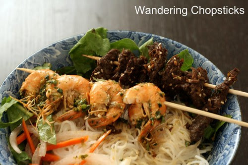 Tom Nuong Hanh Ngo (Vietnamese Grilled Shrimp with Scallion Cilantro Sauce) 4
