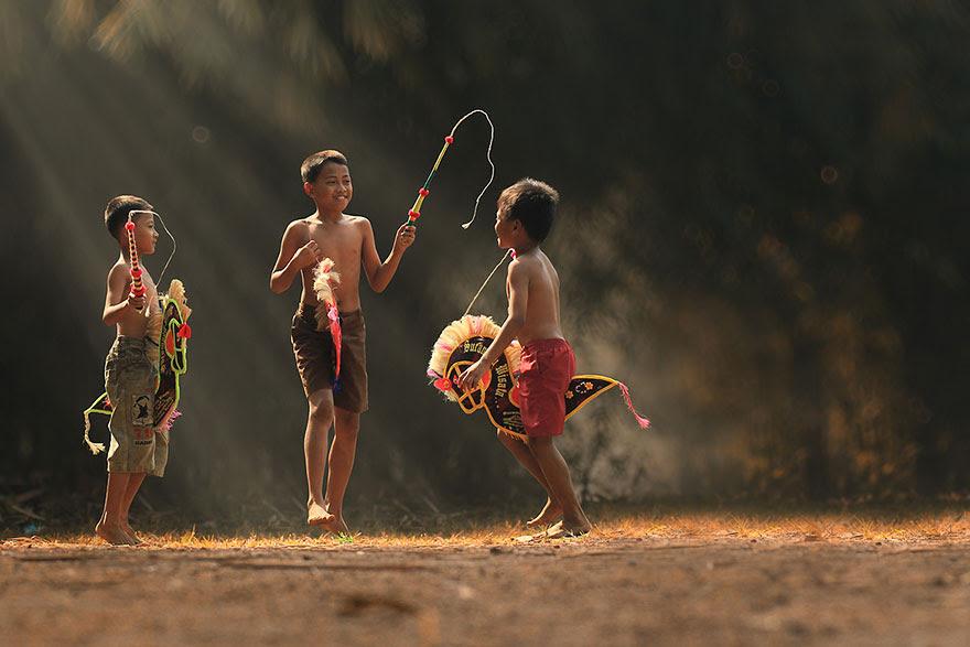 Foto Kehidupan Sehari-hari di Pedesaan 18